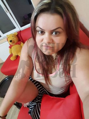 Alessandra call girl in Saraland & nuru massage