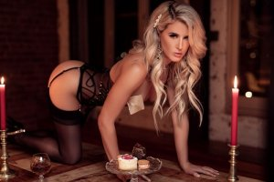 Marie-paulette live escort in Martinsburg WV, happy ending massage